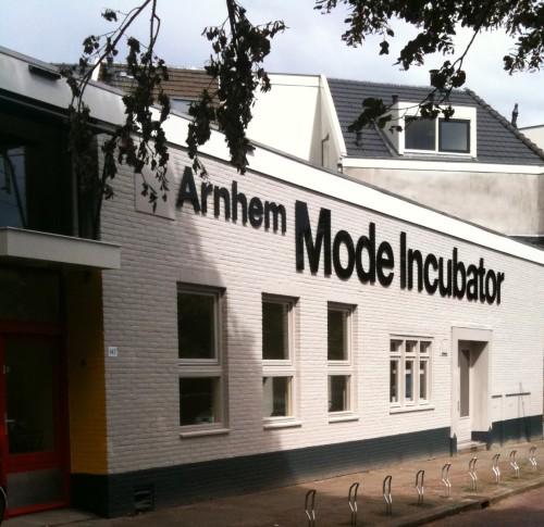 Arnhem Mode Incubator