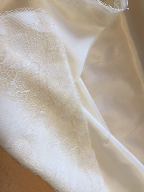 Preparation wedding dress , voorbereidingen bruidsjurk, #broderiedart #tambourembroidery
